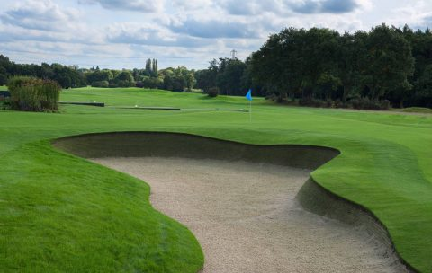 The new practise chipping green